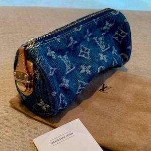 Louis Vuitton Pochette Speedy M95081